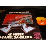 AD Visser and Daniel Sahuleka - Giddyap a Gogo