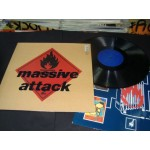 Massive Attack - Blie Lines