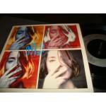 Suzanne Vega - 99.9 F / Tom's Diner { Live }